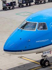 PH-EXK - KLM Cityhopper Embraer ERJ-175 (170-200)