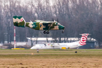 0220 - Poland - Air Force PZL M-28 Bryza