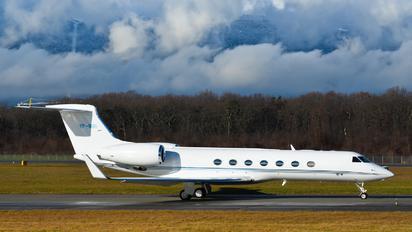 VP-BSI - Private Gulfstream Aerospace G-V, G-V-SP, G500, G550