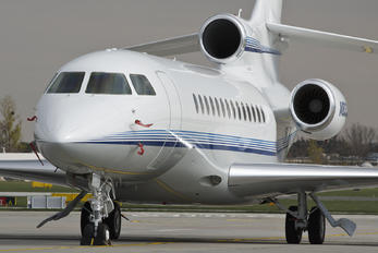N8000E - Private Dassault Falcon 7X