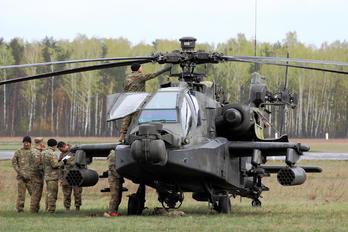 03-05388 - USA - Army Boeing AH-64D Apache