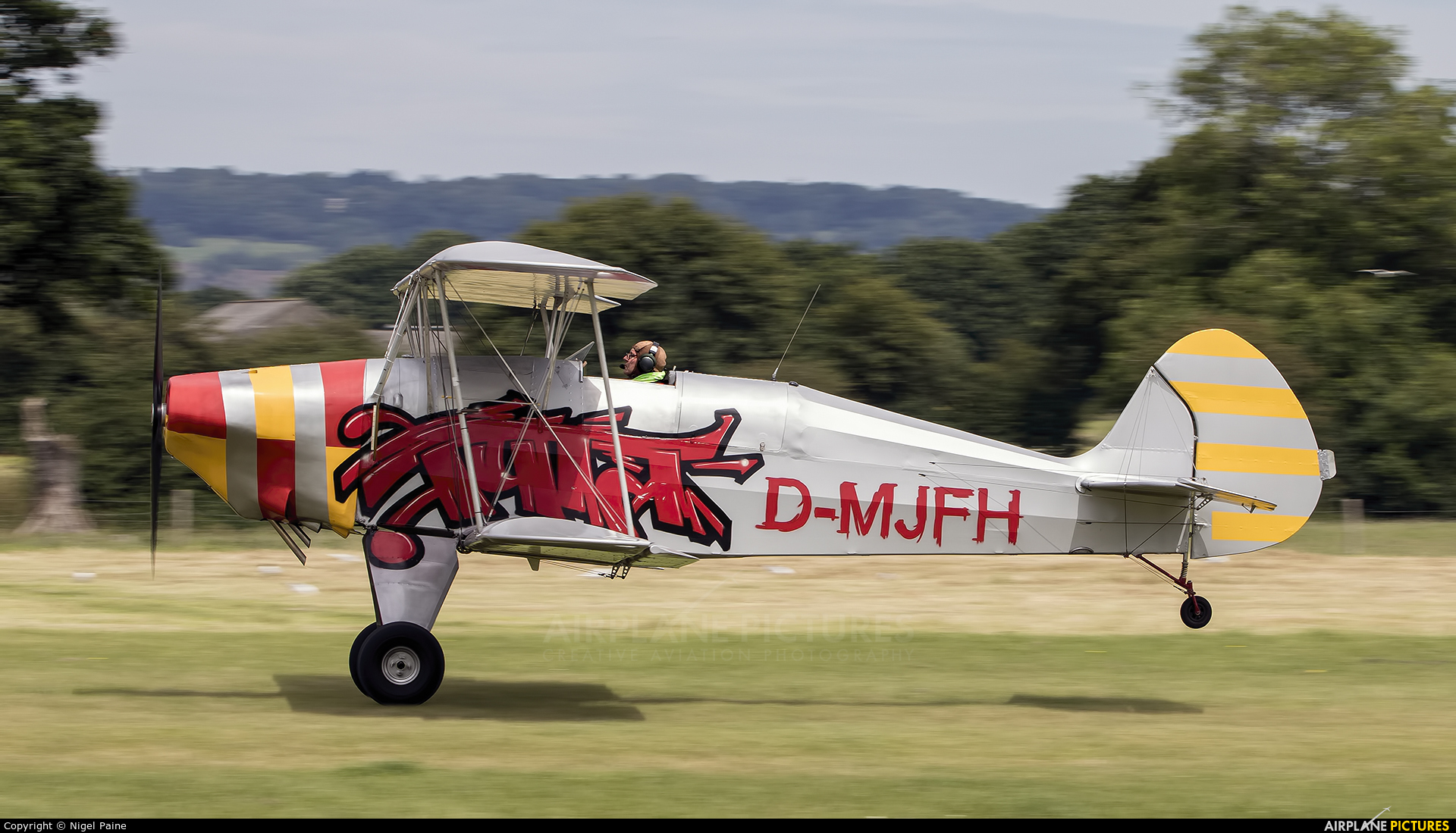 Private D-MJSH aircraft at Lashenden / Headcorn
