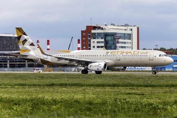 A6-AEJ - Etihad Airways Airbus A321