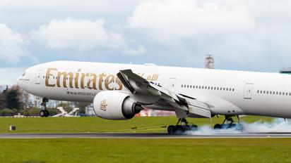 A6-EGM - Emirates Airlines Boeing 777-300ER
