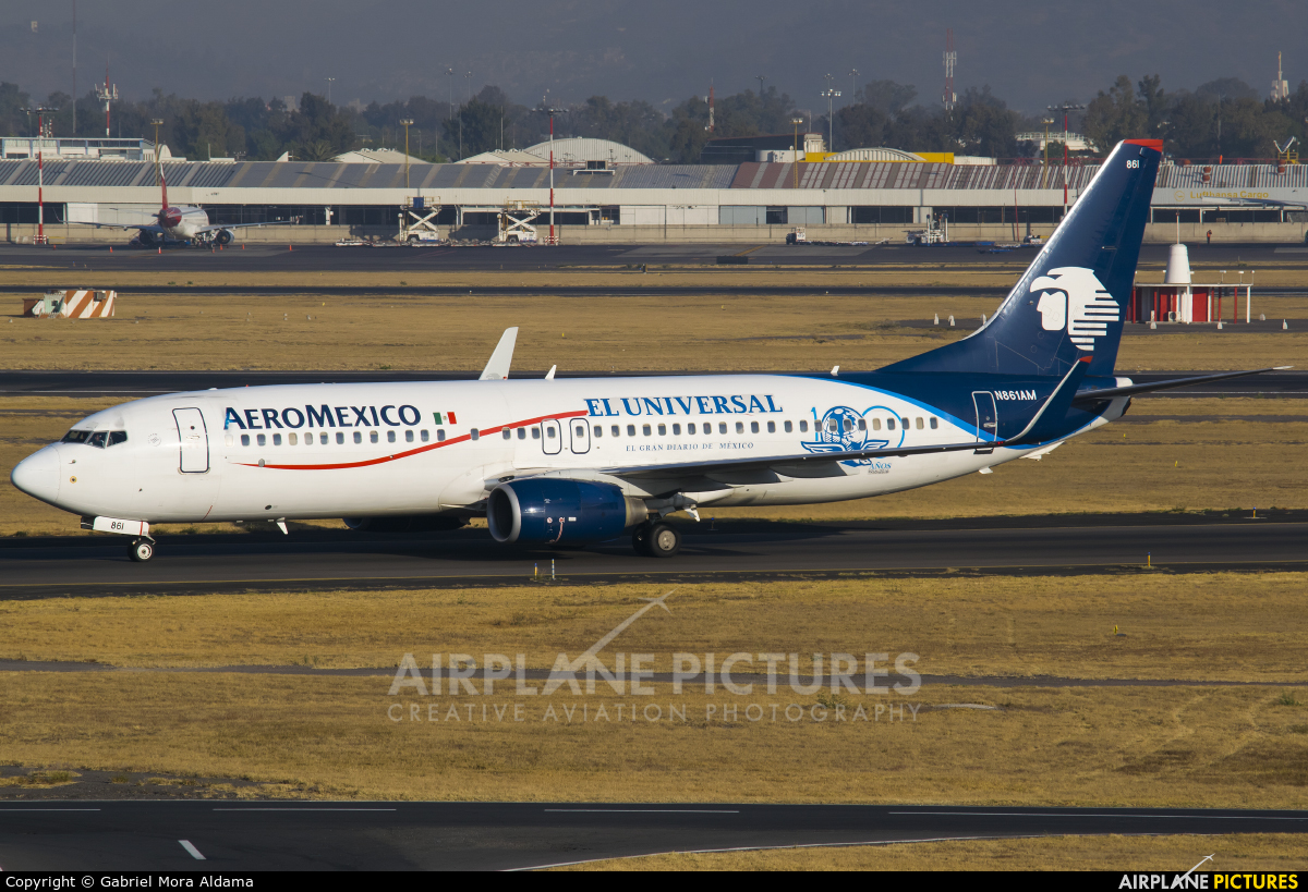 Aeromexico N861AM aircraft at Mexico City - Licenciado Benito Juarez Intl