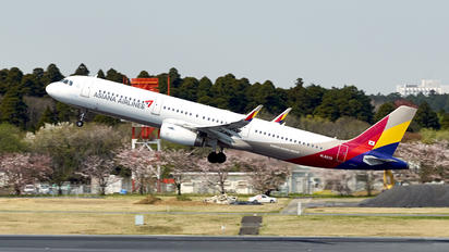 HL8039 - Asiana Airlines Airbus A321