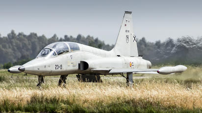 AE.9-030 - Spain - Air Force CASA-Northrop  SF-5B(M) Freedom Fighter