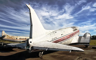 VH-UPQ - Private Douglas DC-3