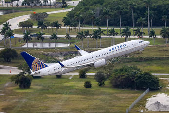 N34455 - United Airlines Boeing 737-900ER