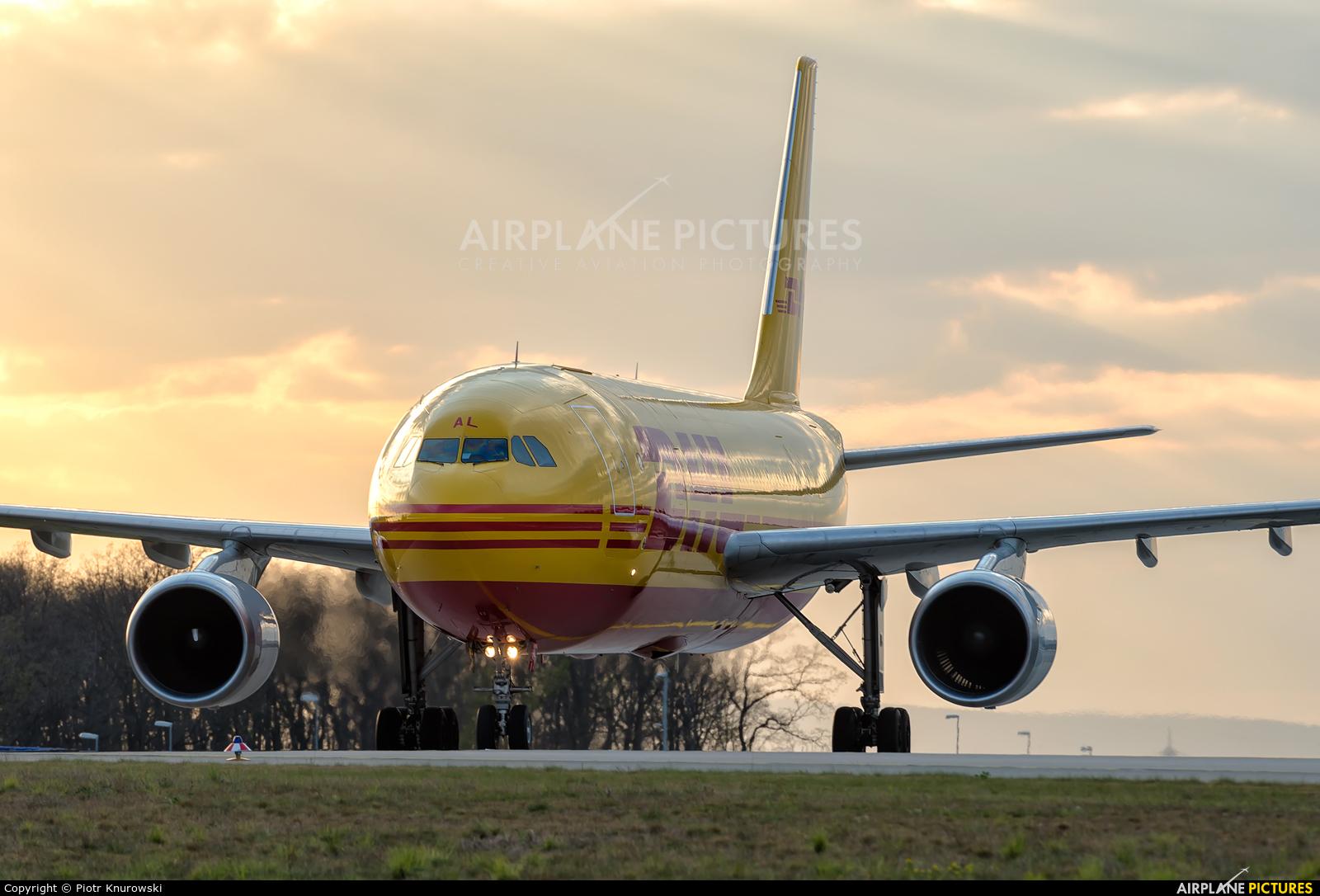 DHL Cargo D-AEAL aircraft at Frankfurt