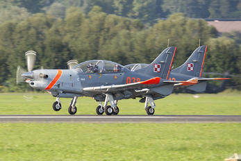 038 - Poland - Air Force PZL 130 Orlik TC-1 / 2