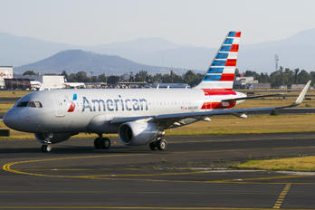 N8030F - American Airlines Airbus A319