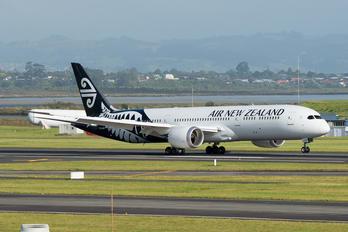 ZK-NZK - Air New Zealand Boeing 787-9 Dreamliner