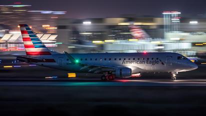 N206NN - American Eagle Embraer ERJ-175 (170-200)