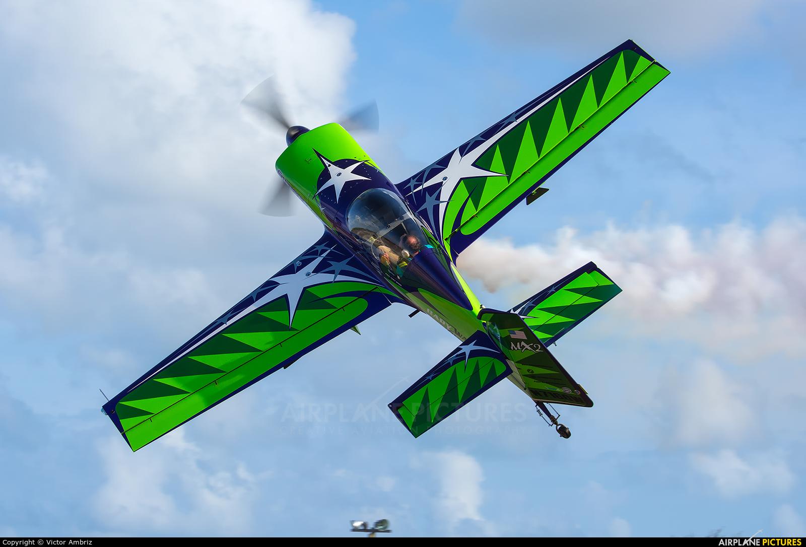 Private N716GW aircraft at Cancun Intl