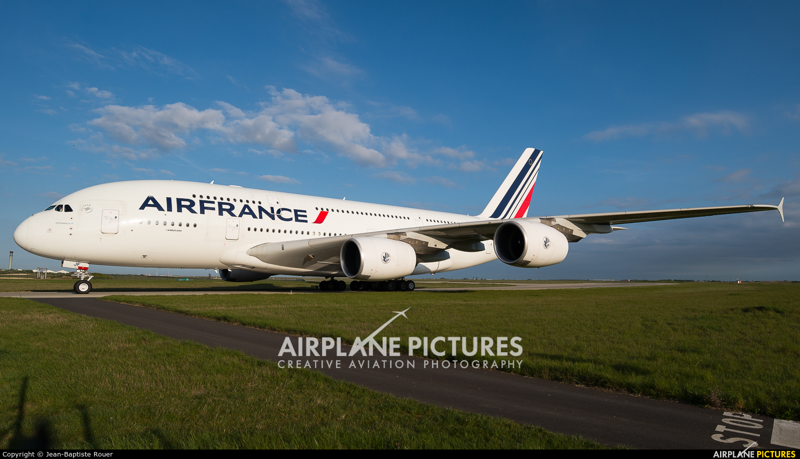 Air France F-HPJF aircraft at Paris - Charles de Gaulle