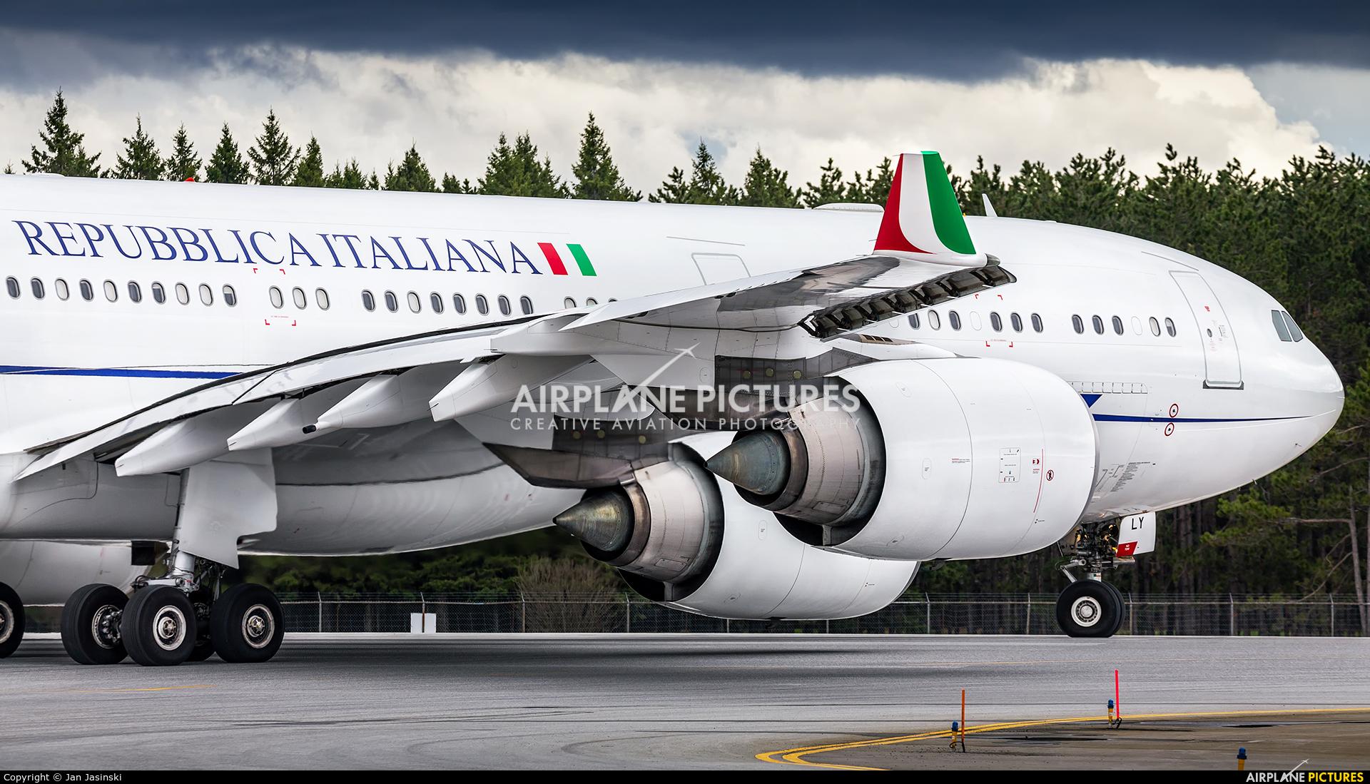 Italy - Air Force I-TALY aircraft at Ottawa - Macdonald-Cartier Intl, ON
