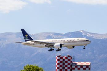 HZ-AKF - Saudi Arabian Airlines Boeing 777-200ER