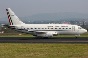 3250 - Mexico - Air Force Boeing 737-200