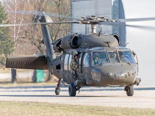 96-26688 - USA - Army Sikorsky UH-60L Black Hawk