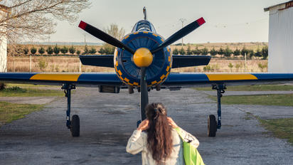 EC-IAL - Private Yakovlev Yak-52