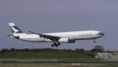 B-HLW - Cathay Pacific Airbus A330-300