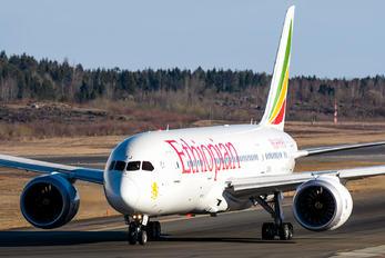 ET-ATJ - Ethiopian Airlines Boeing 787-8 Dreamliner