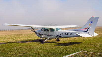 YR-MTH - Private Cessna 172 Skyhawk (all models except RG)
