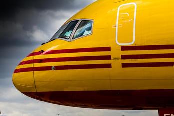D-ALEN - DHL Cargo Boeing 757-200F
