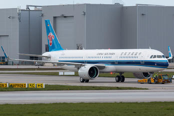 D-AVZT - China Southern Airlines Airbus A321 NEO