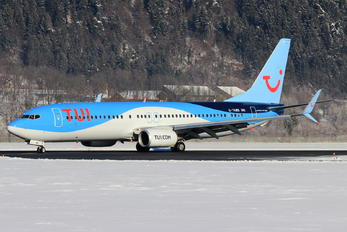 G-TAWB - TUI Airways Boeing 737-800