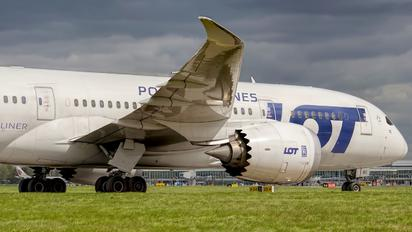SP-LRC - LOT - Polish Airlines - Airport Overview - Photography Location