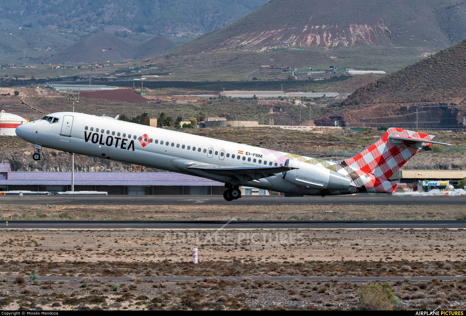 Volotea Airlines EI-FBM aircraft at Tenerife Sur - Reina Sofia