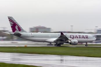 A7-ACD - Qatar Airways Airbus A330-200