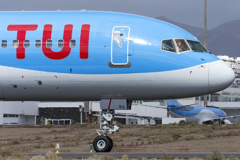 G-OOBA - TUI Airlines UK Boeing 757-200