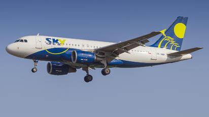 CC-AMP - Sky Airlines (Chile) Airbus A319