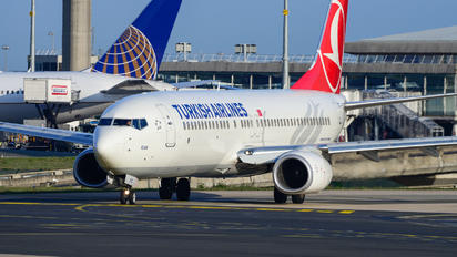 TC-JHZ - Turkish Airlines Boeing 737-800