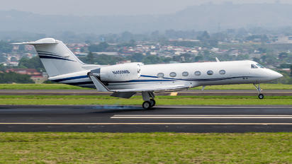 N450MB - Private Gulfstream Aerospace G-IV,  G-IV-SP, G-IV-X, G300, G350, G400, G450
