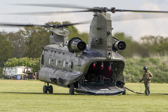 ZA680 - Royal Air Force Boeing Chinook HC.2