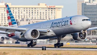 N731AN - American Airlines Boeing 777-300ER