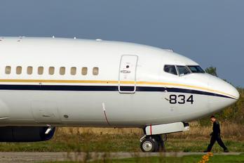 165834 - USA - Navy Boeing C-40A Clipper