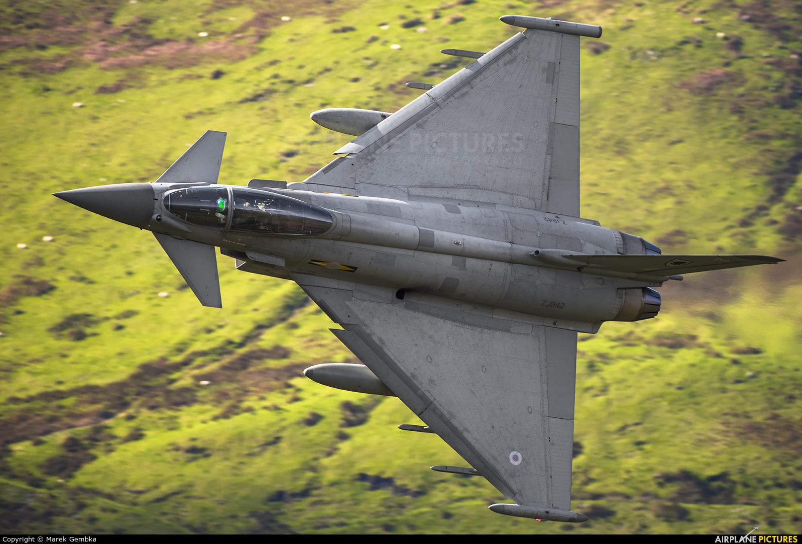 Royal Air Force ZJ942 aircraft at Machynlleth Loop - LFA 7