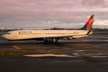 N830DN - Delta Air Lines Boeing 737-900