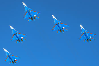 "31 BLUE - Russia - Air Force ""Russian Knights"" Sukhoi Su-30SM"