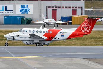 LN-KYV - Sundt Air Beechcraft 300 King Air