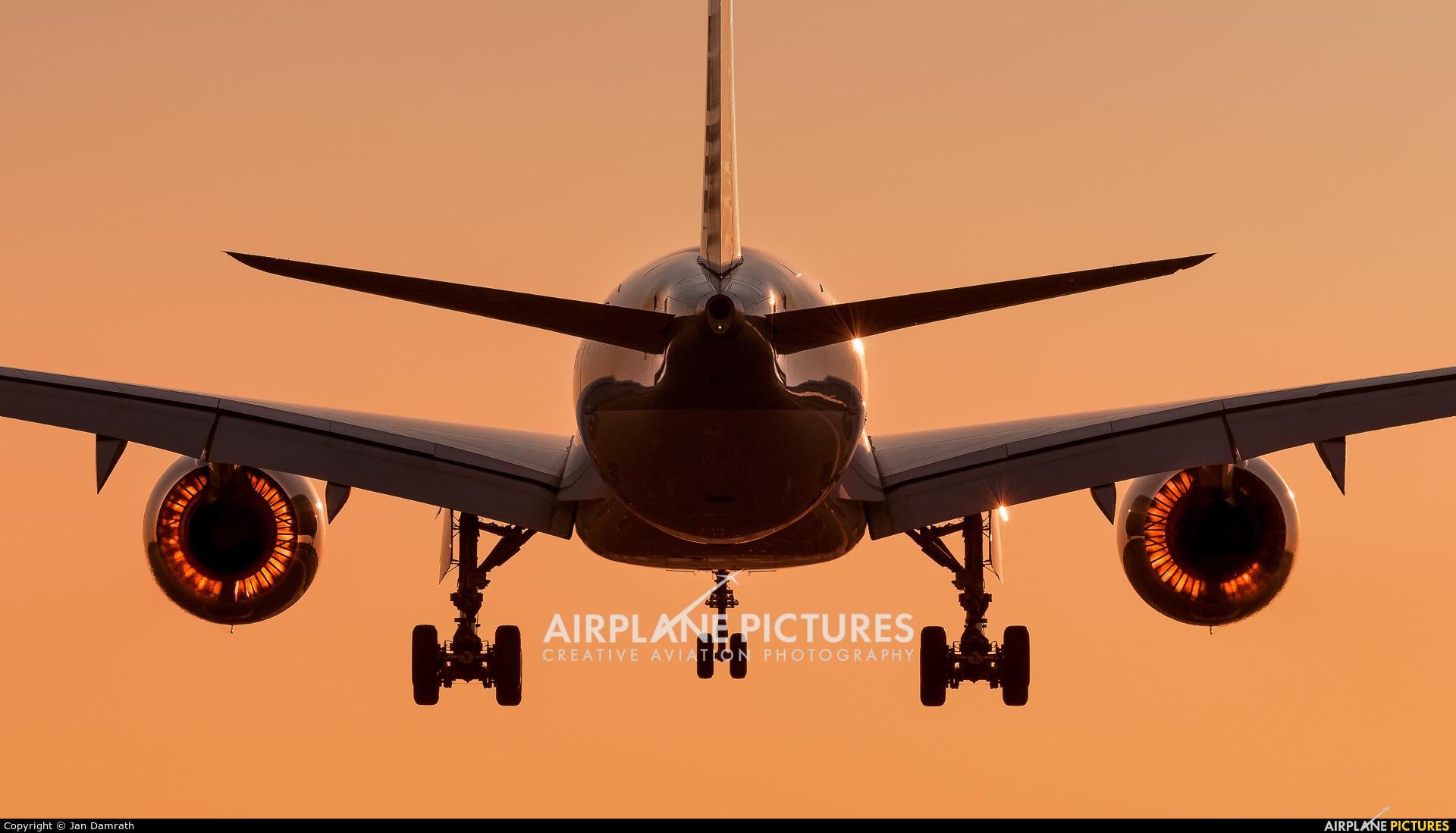Qatar Airways A7-ALI aircraft at Frankfurt