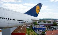 D-ABYM - Lufthansa Boeing 747-200 aircraft