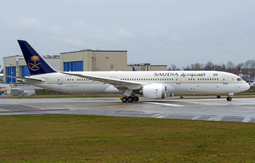HZ-ARE - Saudi Arabian Airlines Boeing 787-9 Dreamliner