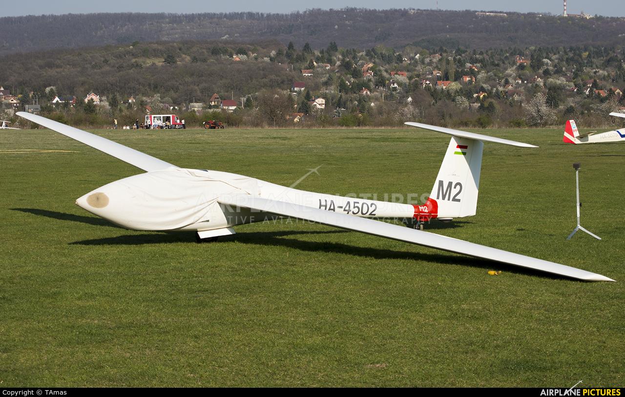 Private HA-4502 aircraft at Farkashegy