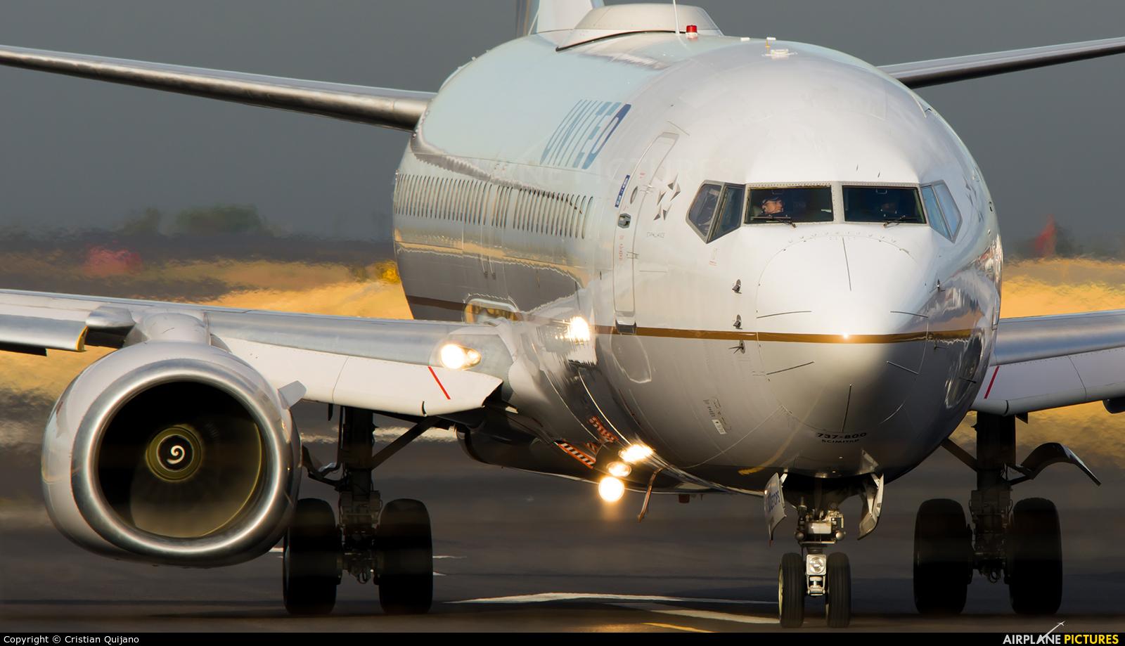 United Airlines N76502 aircraft at San Jose - Juan Santamaría Intl